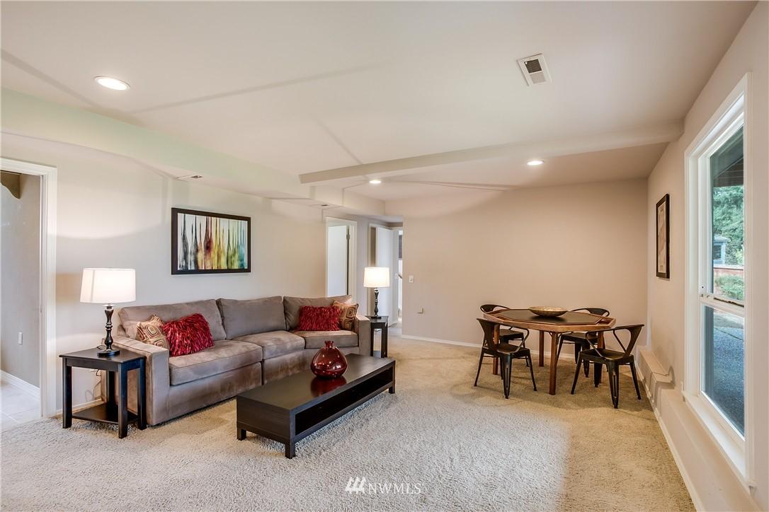 Sold Property   13916 94th Avenue NE Kirkland, WA 98034 11