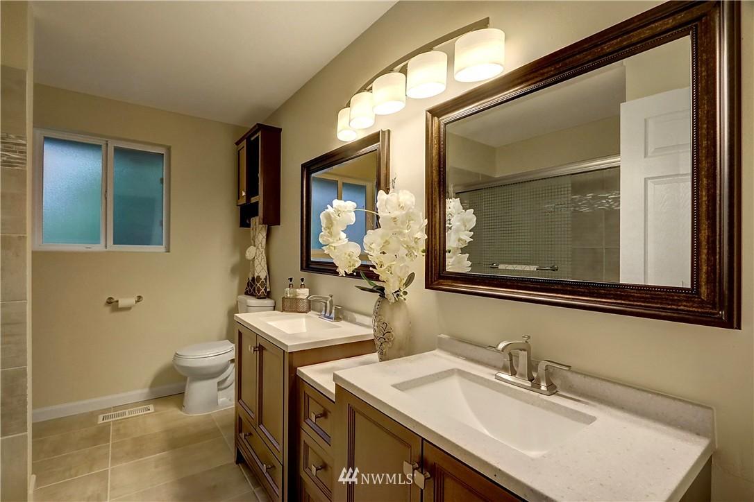Sold Property | 15325 SE 232nd Place Kent, WA 98042 9