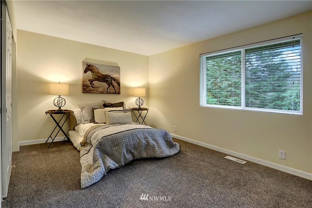 Sold Property | 15325 SE 232nd Place Kent, WA 98042 10
