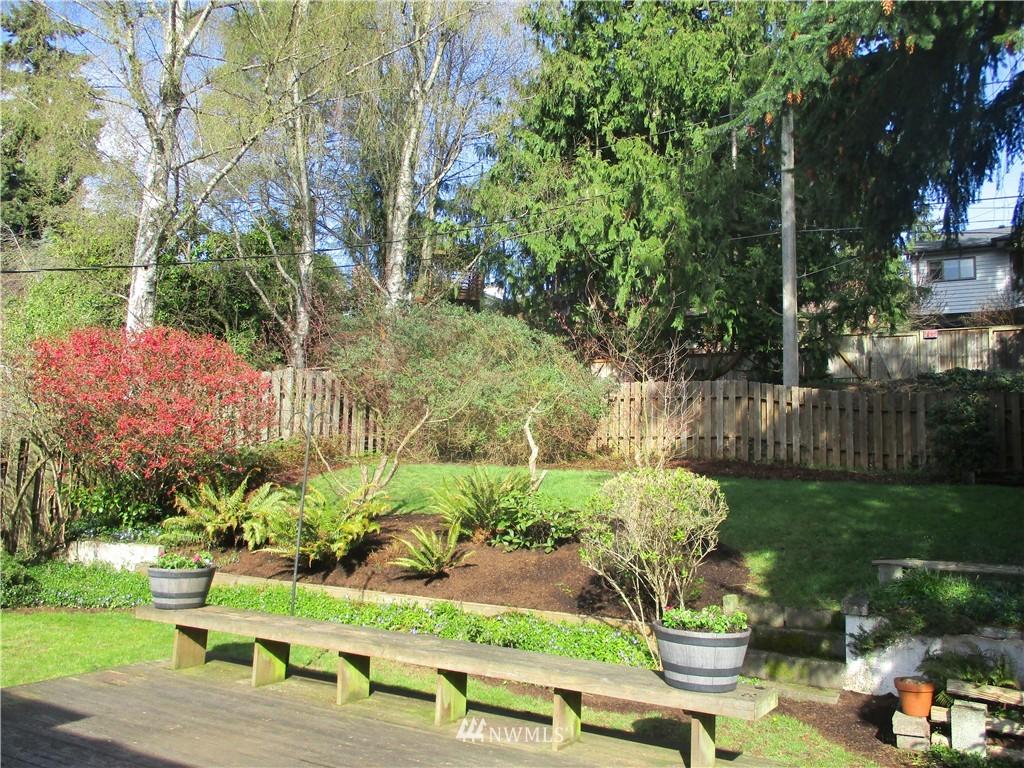 Sold Property   3612 32nd Avenue W Seattle, WA 98199 10