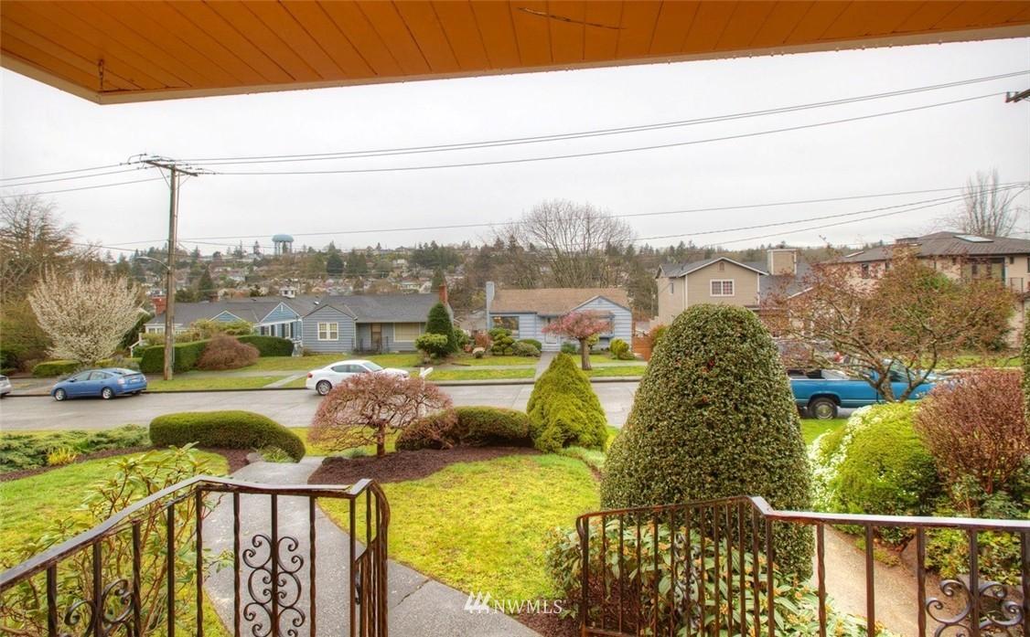 Sold Property   3612 32nd Avenue W Seattle, WA 98199 1