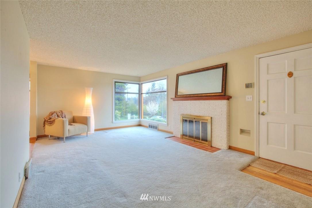 Sold Property   3612 32nd Avenue W Seattle, WA 98199 3