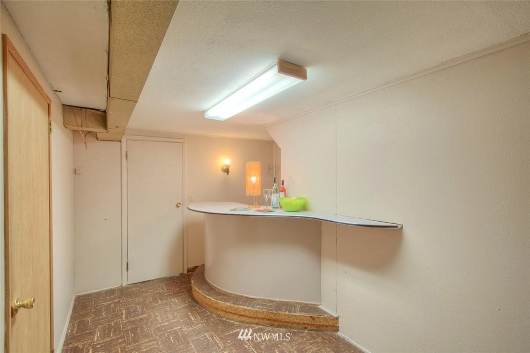 Sold Property   3612 32nd Avenue W Seattle, WA 98199 12