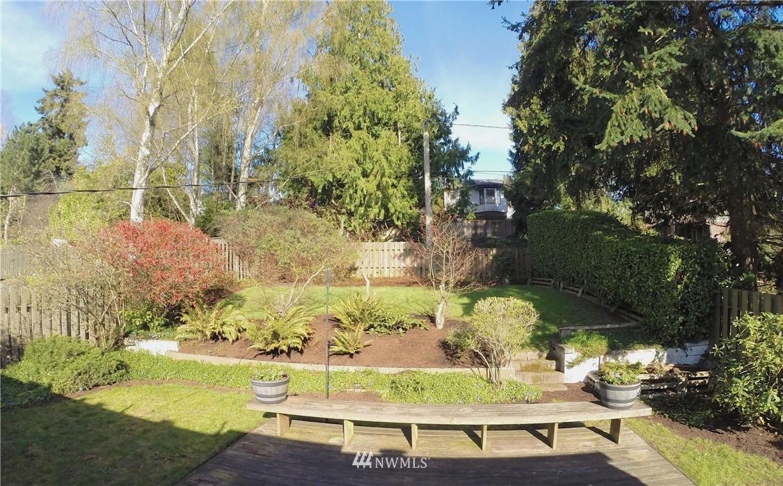 Sold Property   3612 32nd Avenue W Seattle, WA 98199 11