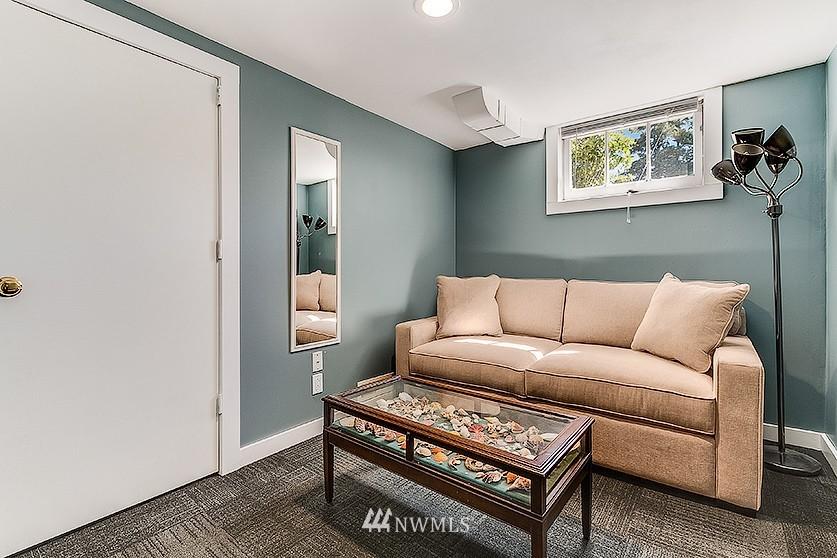 Sold Property | 8202 40th Avenue NE Seattle, WA 98115 13