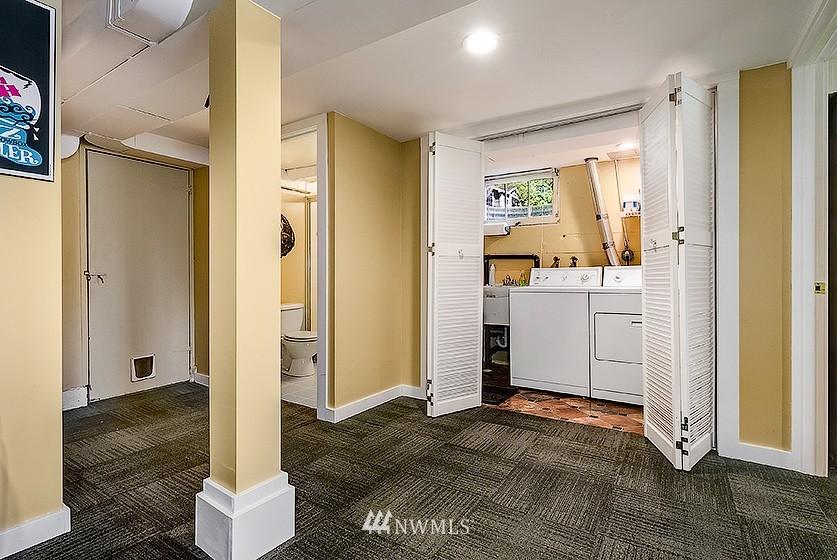 Sold Property | 8202 40th Avenue NE Seattle, WA 98115 15