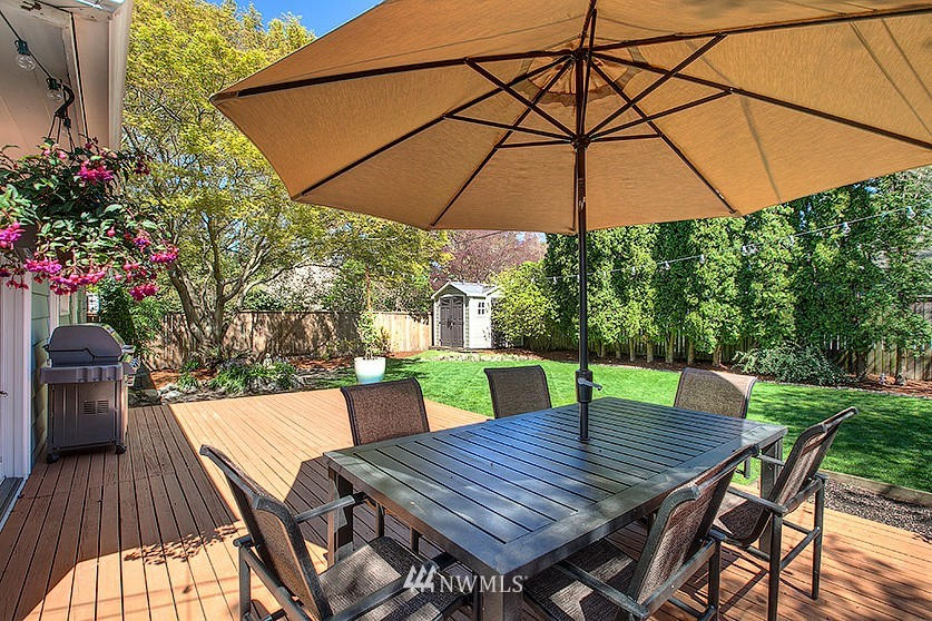 Sold Property | 8202 40th Avenue NE Seattle, WA 98115 18