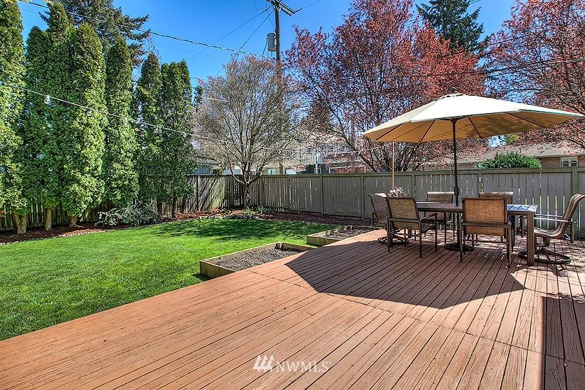 Sold Property | 8202 40th Avenue NE Seattle, WA 98115 21