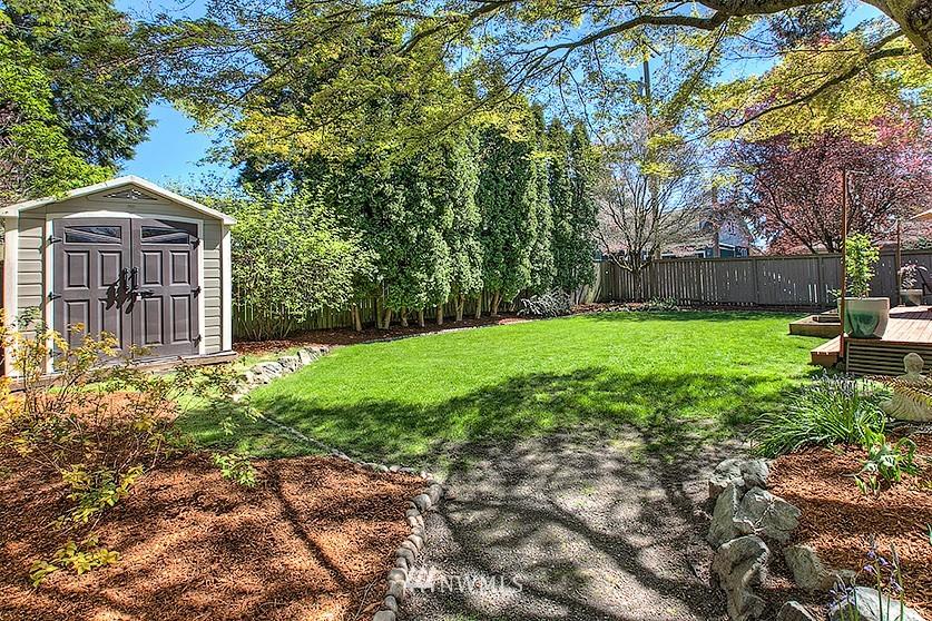 Sold Property | 8202 40th Avenue NE Seattle, WA 98115 22
