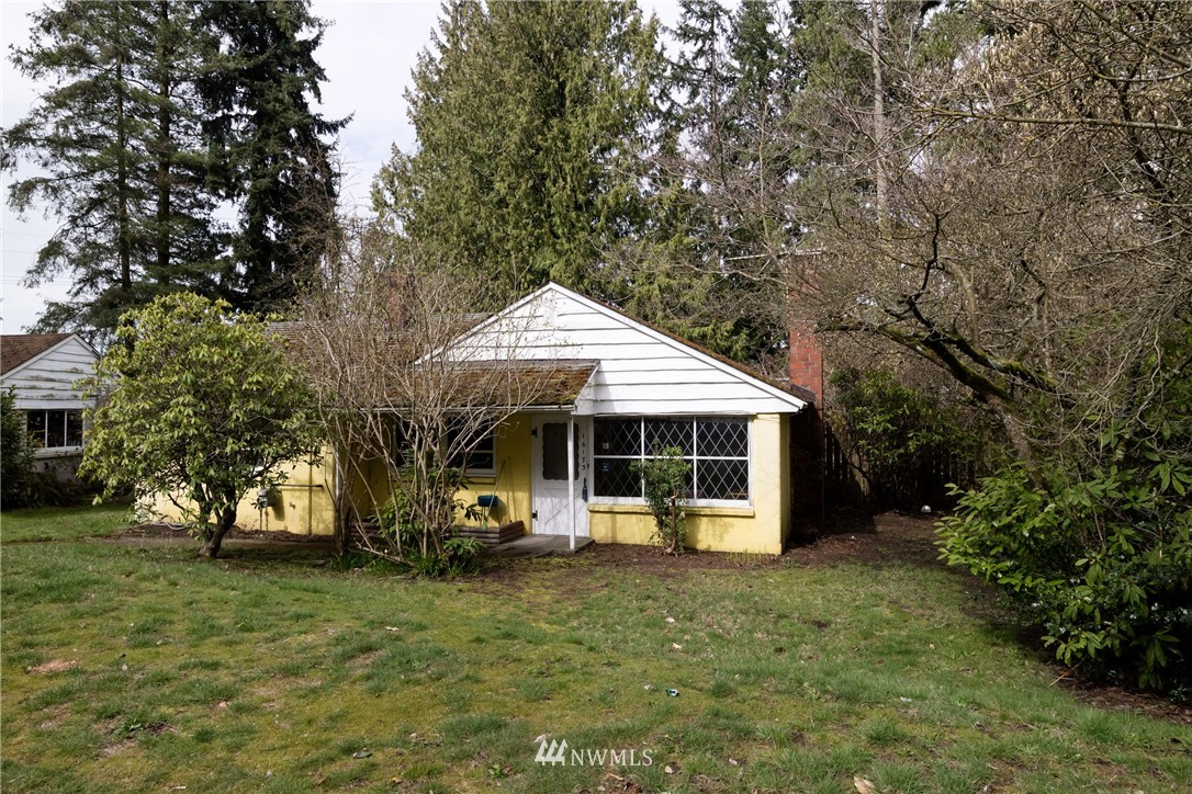 Sold Property   16173 Midvale Avenue N Shoreline, WA 98133 0