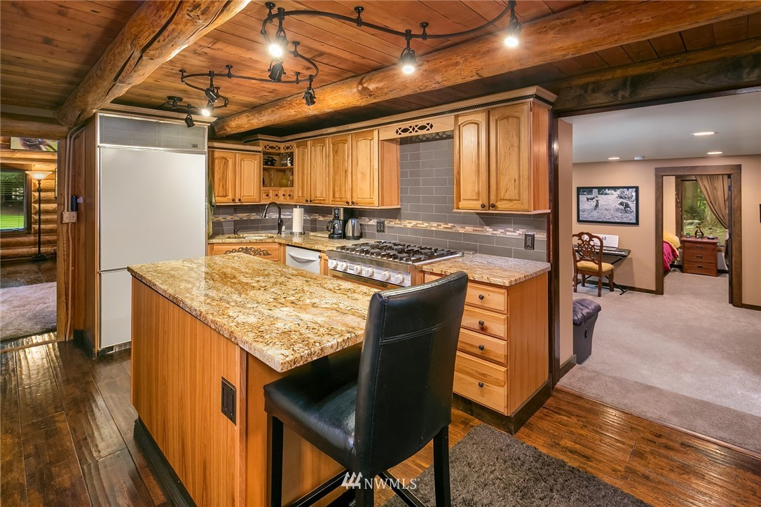 Sold Property   7516 230th Avenue NE Redmond, WA 98053 11