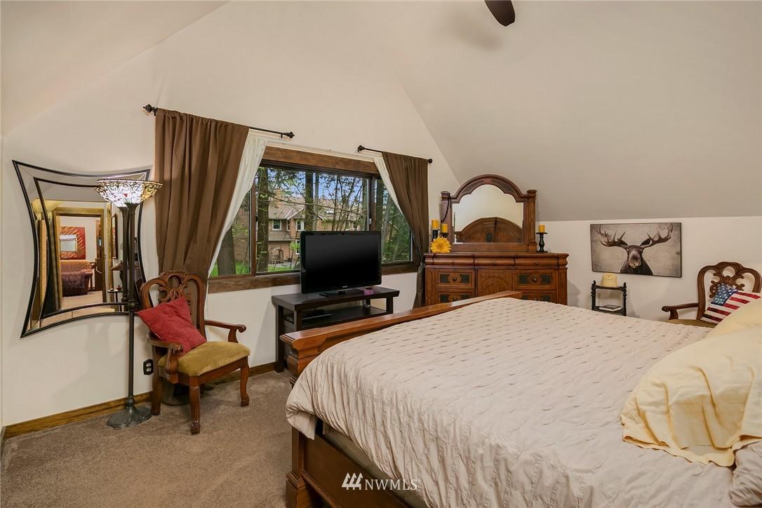 Sold Property   7516 230th Avenue NE Redmond, WA 98053 18