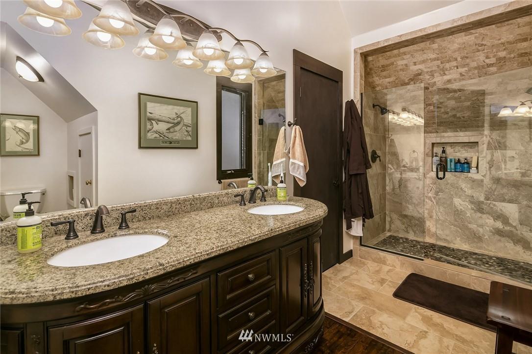 Sold Property   7516 230th Avenue NE Redmond, WA 98053 19