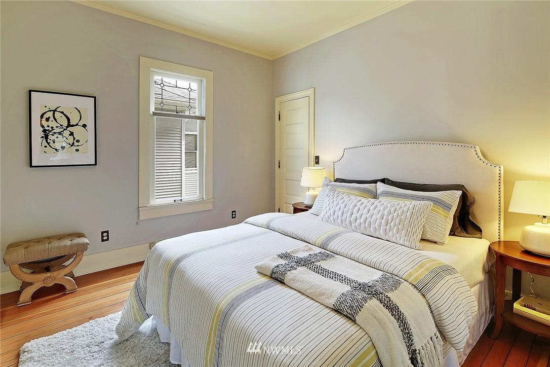 Sold Property   847 NW 61st Street Seattle, WA 98107 6