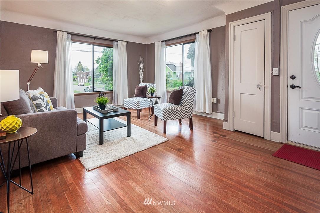 Sold Property | 1922 S Stevens Street Seattle, WA 98144 4