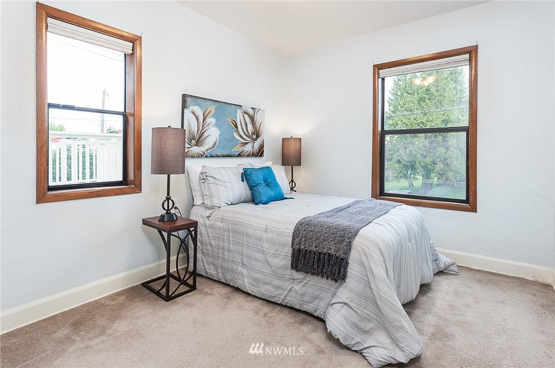Sold Property | 1922 S Stevens Street Seattle, WA 98144 9