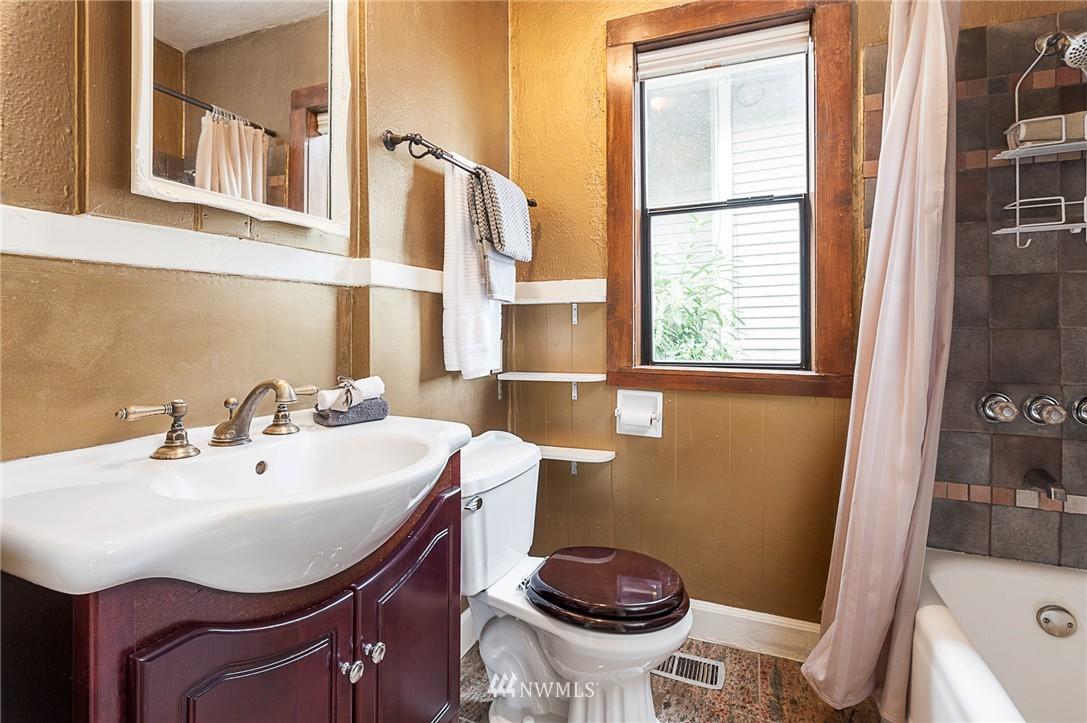 Sold Property | 1922 S Stevens Street Seattle, WA 98144 11