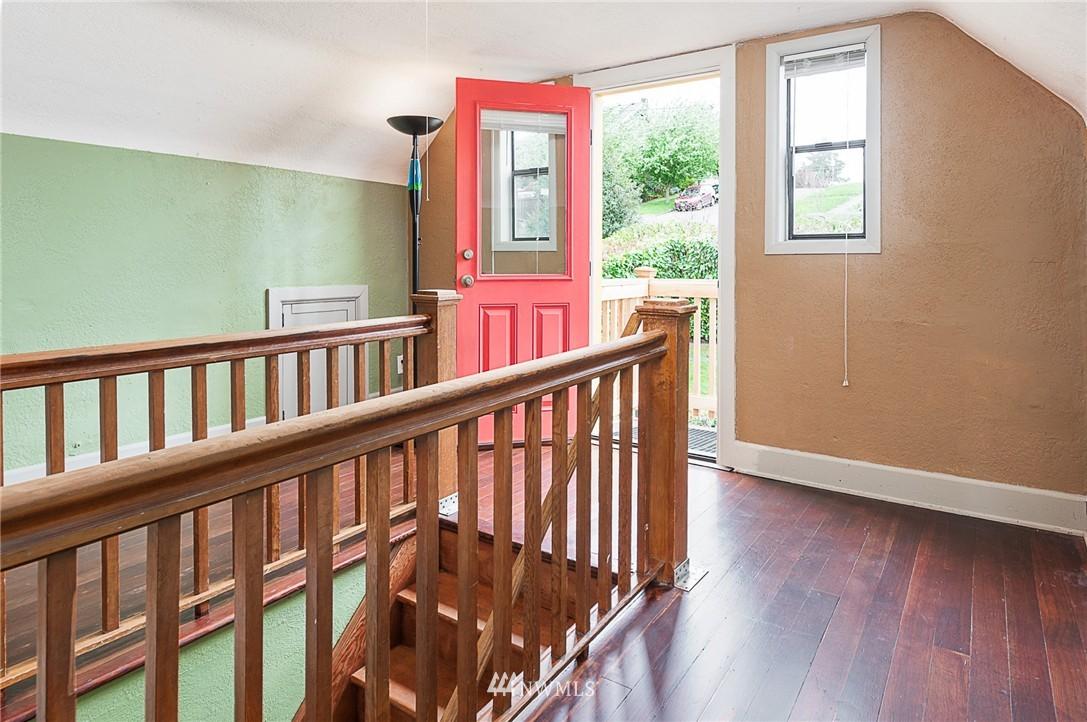 Sold Property | 1922 S Stevens Street Seattle, WA 98144 13