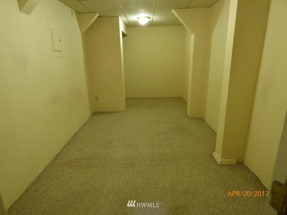 Sold Property | 2217 14th Avenue W Seattle, WA 98119 18