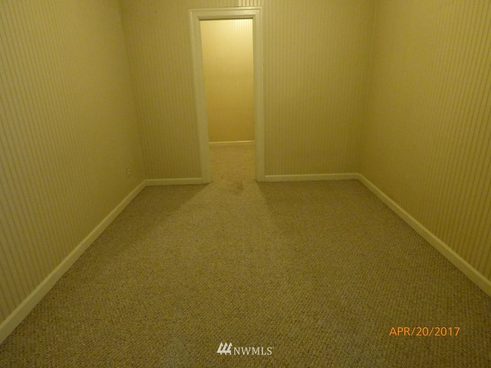 Sold Property | 2217 14th Avenue W Seattle, WA 98119 19