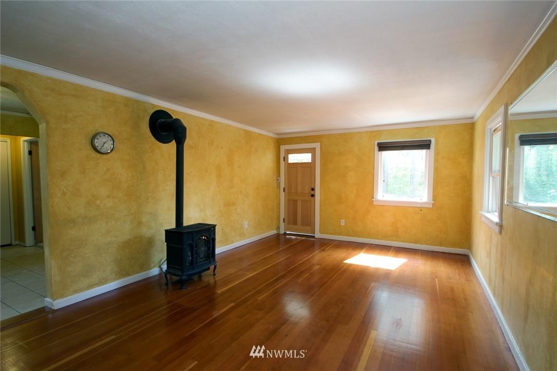 Sold Property | 1560 NE 170th Street Shoreline, WA 98155 1