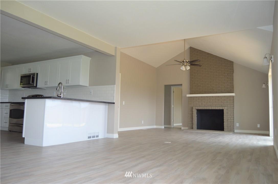 Sold Property | 2680 Sunshine Lane Clinton, WA 98236 5