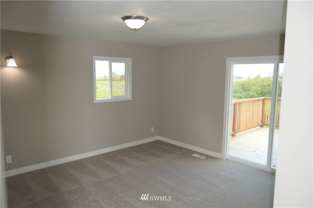 Sold Property | 2680 Sunshine Lane Clinton, WA 98236 13