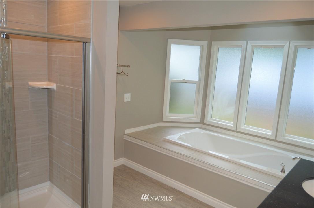 Sold Property | 2680 Sunshine Lane Clinton, WA 98236 16