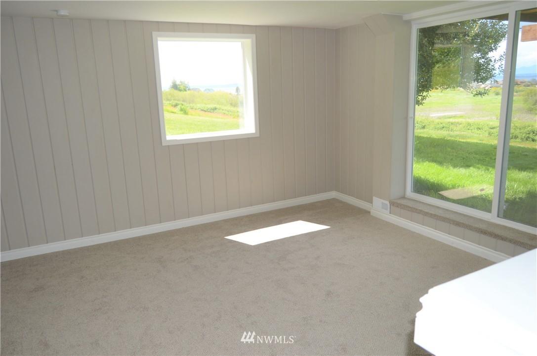 Sold Property | 2680 Sunshine Lane Clinton, WA 98236 20