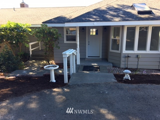 Sold Property | 2680 Sunshine Lane Clinton, WA 98236 2