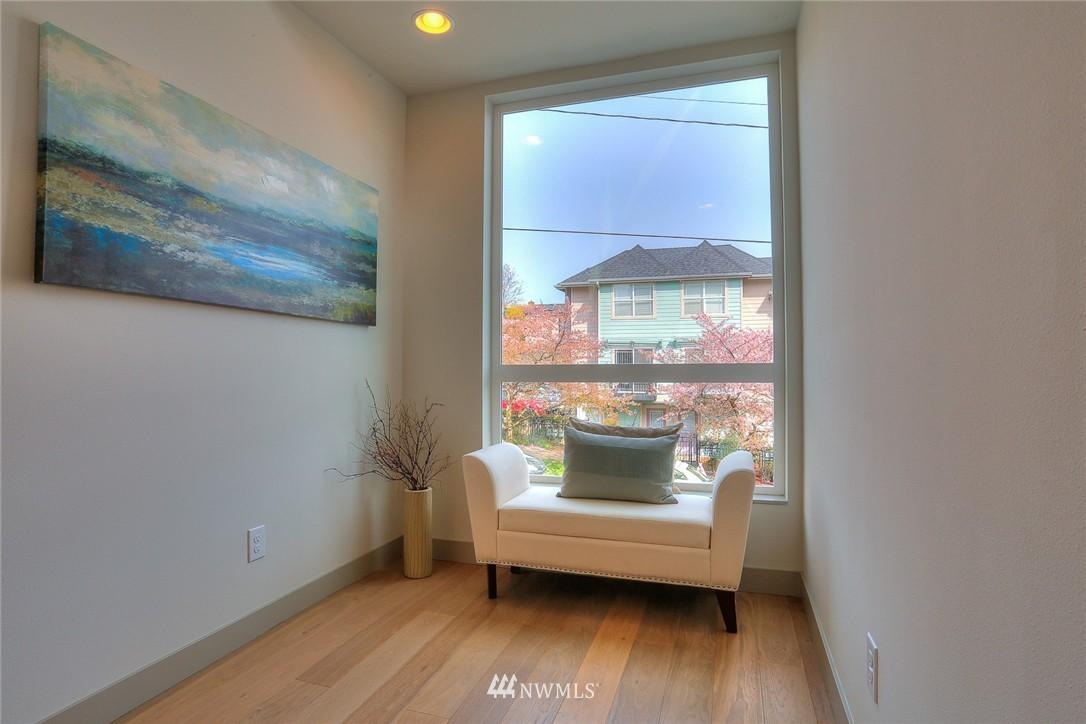 Sold Property | 1921 E Denny Way Seattle, WA 98122 4