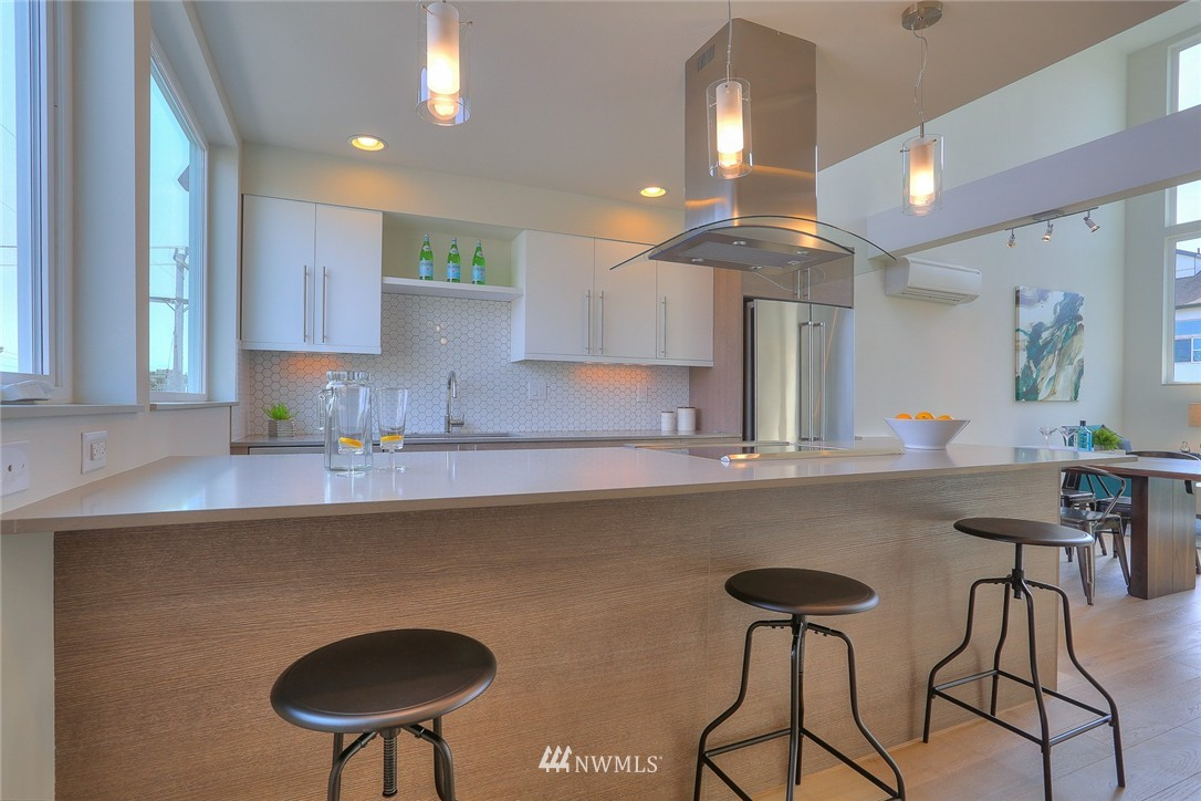 Sold Property | 1921 E Denny Way Seattle, WA 98122 8