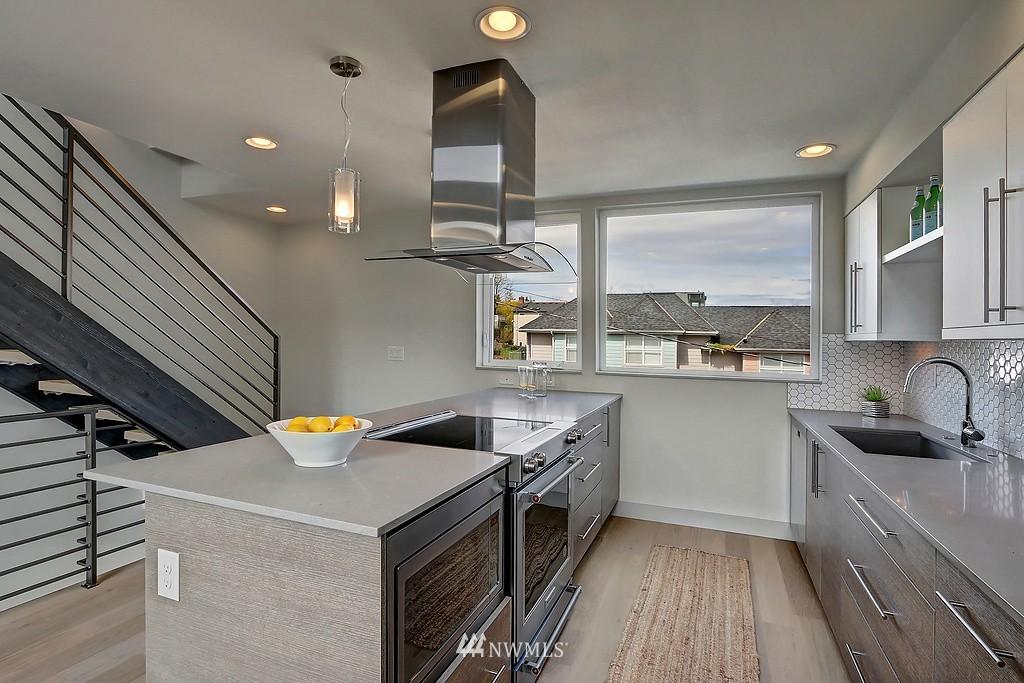 Sold Property | 1921 E Denny Way Seattle, WA 98122 19