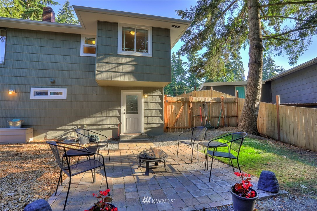 Sold Property | 1818 N 204th Place Shoreline, WA 98133 15