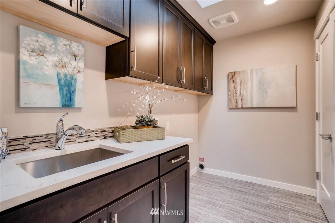 Sold Property | 17550 Wallingford Avenue N Shoreline, WA 98133 17