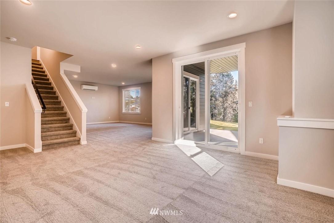 Sold Property | 17550 Wallingford Avenue N Shoreline, WA 98133 19