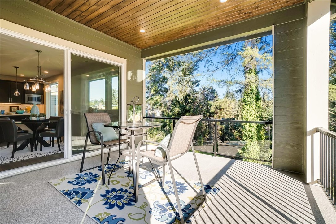 Sold Property | 17550 Wallingford Avenue N Shoreline, WA 98133 22