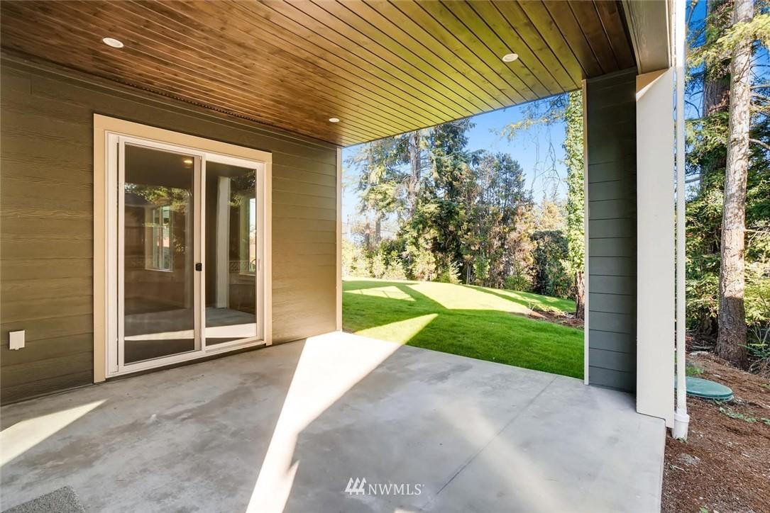 Sold Property | 17550 Wallingford Avenue N Shoreline, WA 98133 23