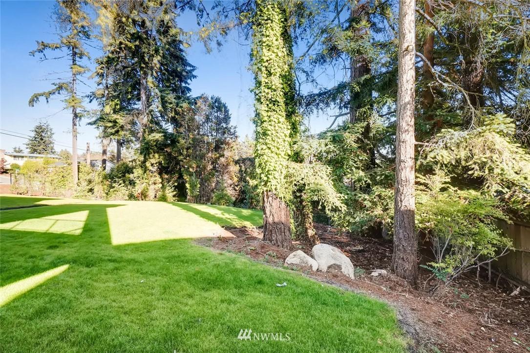 Sold Property | 17550 Wallingford Avenue N Shoreline, WA 98133 24