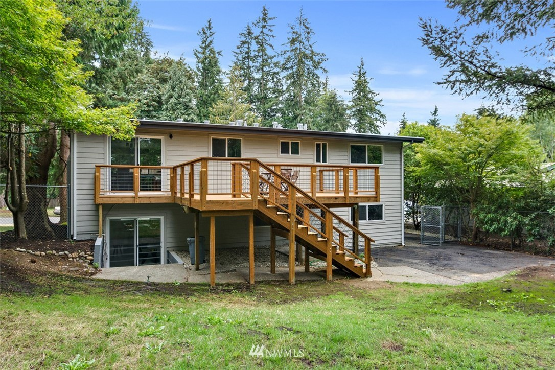 Sold Property   3303 226th Place SW Brier, WA 98036 15
