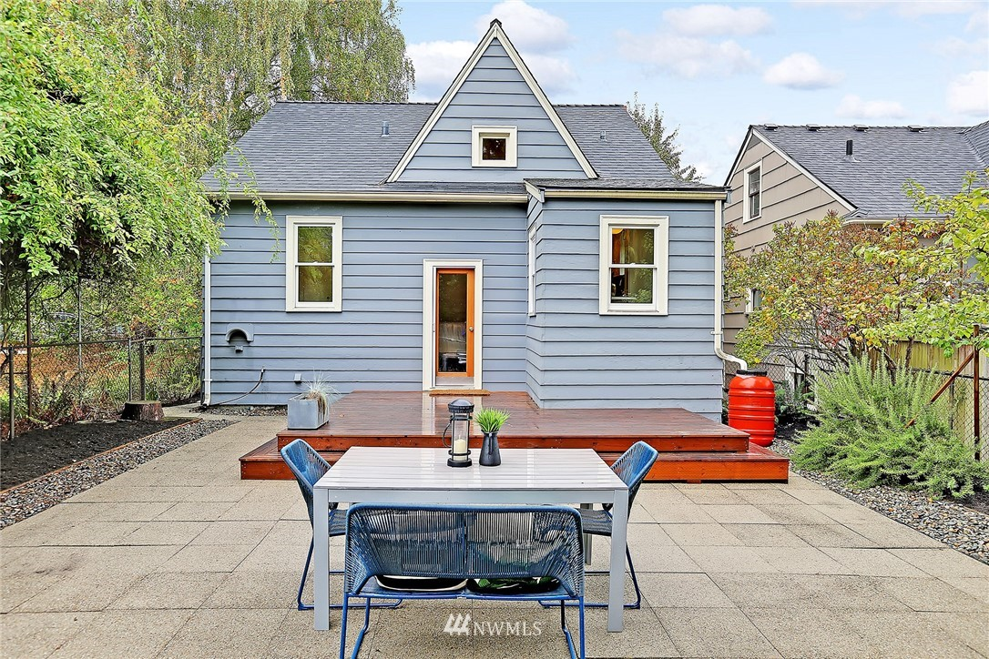 Sold Property | 6727 12th Avenue NW Seattle, WA 98117 14