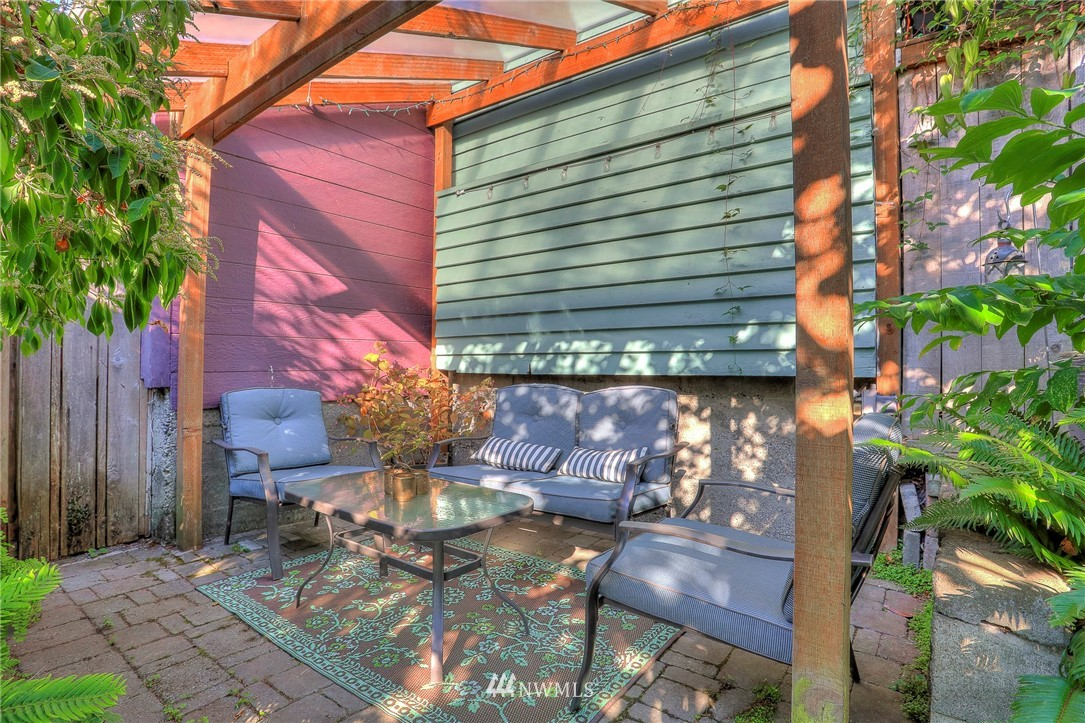 Sold Property   108 NW 75th Street Seattle, WA 98117 22