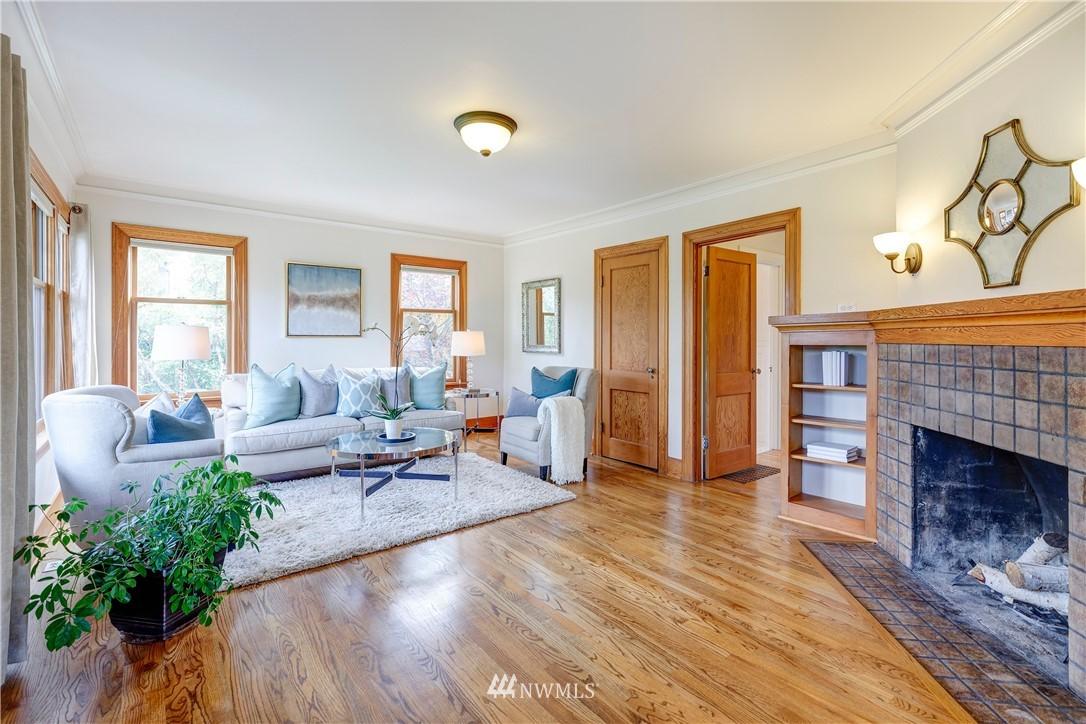 Sold Property | 2321 N 53rd Street Seattle, WA 98103 3
