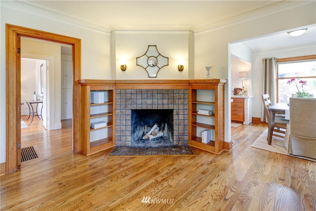 Sold Property | 2321 N 53rd Street Seattle, WA 98103 4