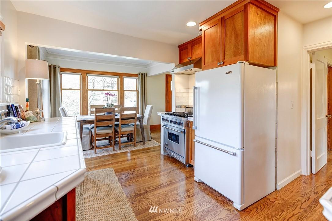 Sold Property | 2321 N 53rd Street Seattle, WA 98103 7