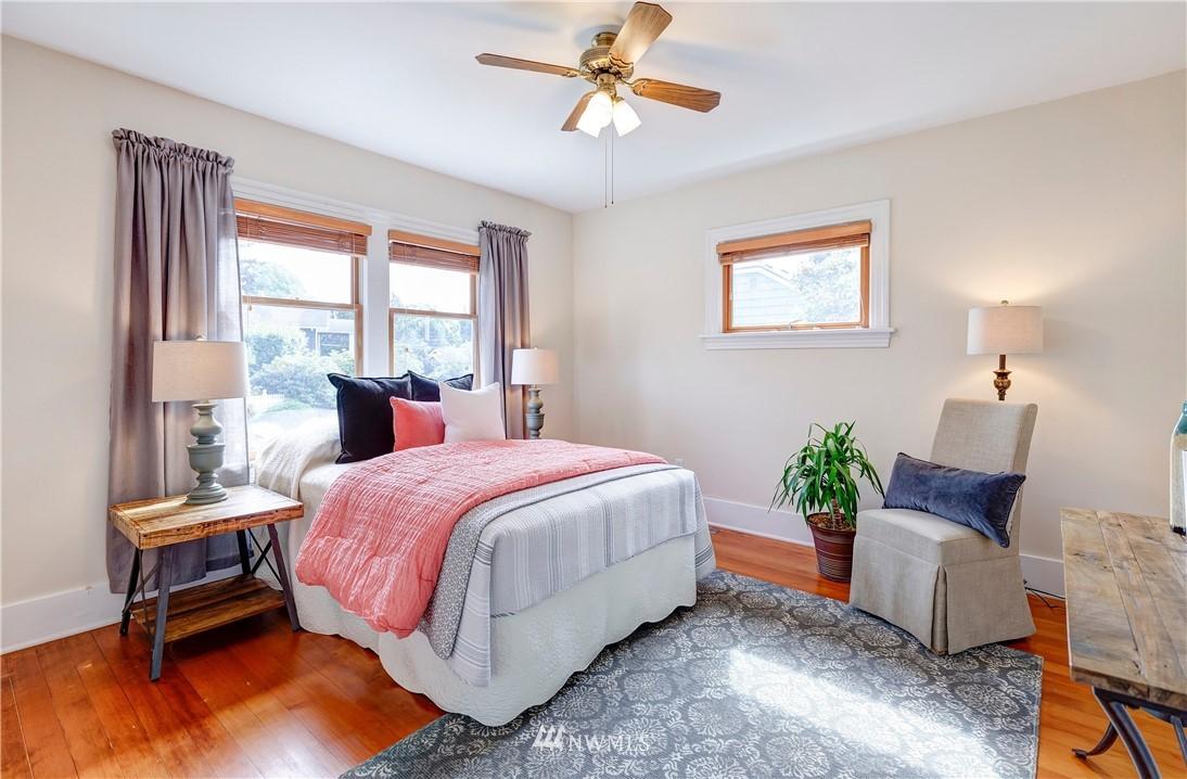 Sold Property | 2321 N 53rd Street Seattle, WA 98103 9