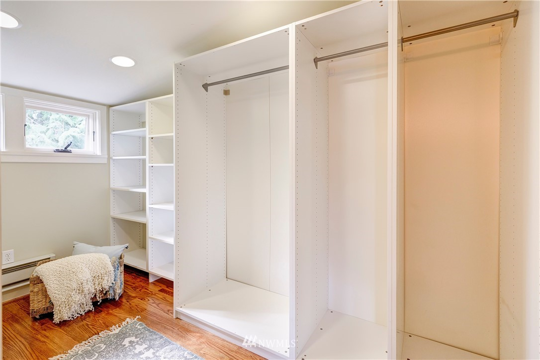 Sold Property | 2321 N 53rd Street Seattle, WA 98103 14