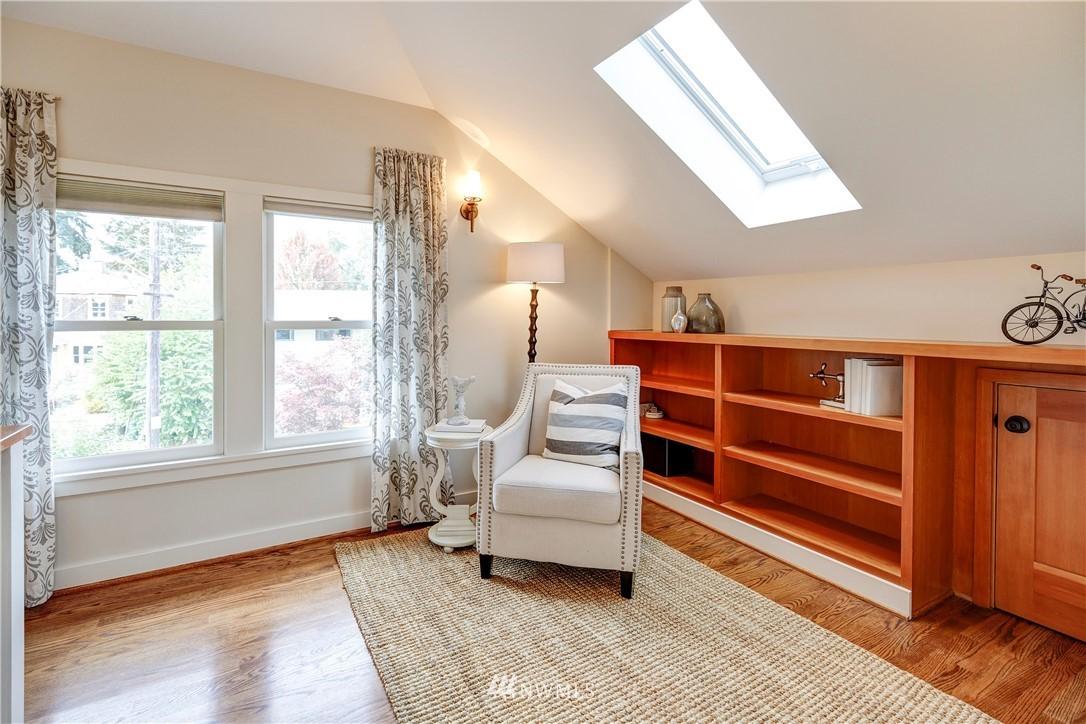 Sold Property | 2321 N 53rd Street Seattle, WA 98103 17