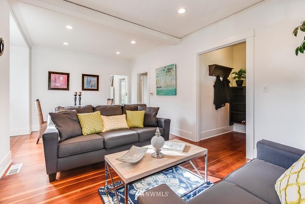 Sold Property   5525 S Norfolk Street Seattle, WA 98118 3