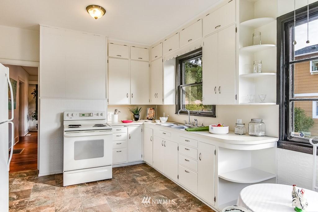 Sold Property   5525 S Norfolk Street Seattle, WA 98118 5